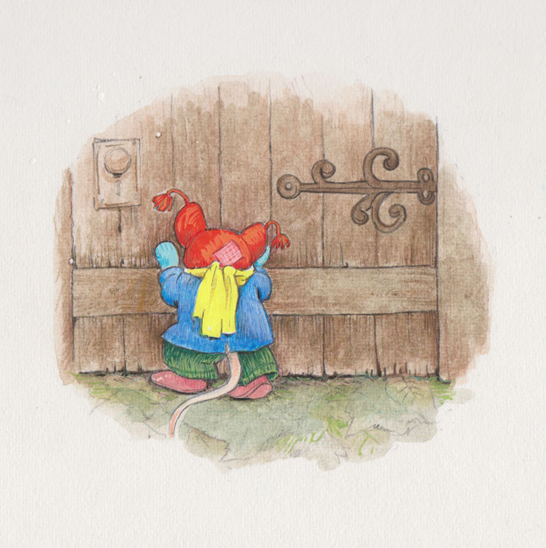 Little Mouse Hurries Outside